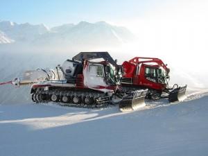 Snow groomer technology
